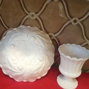VINTAGE MILK White Bowl and a Vase.